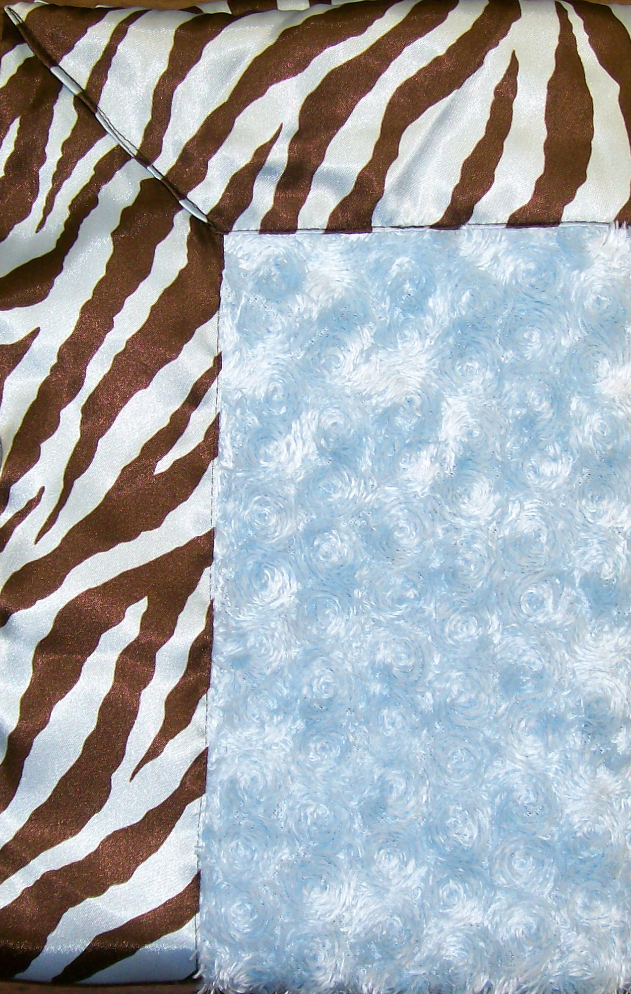 Blue Zebra satin & Fuzzy Travel Silky